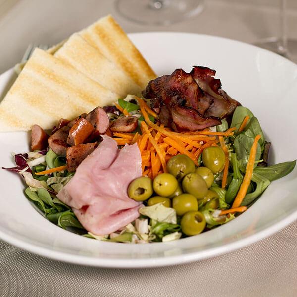 cannibal-aglio-e-oglio-ristorante